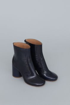 MAISON MARTIN MARGIELA perfection if only they didn't cost $950 (a bargain at half the price right)