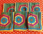 6 serviettes de table vert avec crochet multicolore : Cuisine et service de table par little-yeya