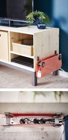 Pochette à bloc multiprises http://www.homelisty.com/cacher-ranger-cables-fils-prises-electriques/