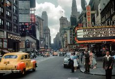 New York, Kodachrome slide of Times Square. Shorpy Historic Picture Archi… New York, Kodachrome slide of Times Square. Jean Seberg, Old Pictures, Old Photos, Vintage Photos, Vintage Posters, Vintage New York, Times Square, Sacramento, New York City