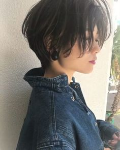 "The ""Happy Hair Short"" that makes use of the hazy hair is cute ♪ Ha . Short Hair Tomboy, Tomboy Haircut, Tomboy Hairstyles, Girl Short Hair, Pixie Hairstyles, Pretty Hairstyles, Short Hair Cuts, Asian Short Hairstyles, Korean Short Hair"