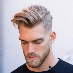 9 Unbelievable Ideas: Christmas Hairstyles women hairstyles with glasses ray bans.Brunette Hairstyles With Bangs. Braids middle part Phenomenal Women Afro Hairstyles Short Haircuts Ideas Short Afro Hairstyles, Hairstyles With Glasses, Asymmetrical Hairstyles, Hairstyles With Bangs, Cool Hairstyles, Brunette Hairstyles, Wedding Hairstyles, Undercut Hairstyles, Braided Hairstyles
