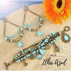 A coleção primavera/verão da @fazendoartebiju  já está pronta, e reparem só nesses kits de montagem, como estão lindos! . . . . .… Bead Earrings, Feather Earrings, Beaded Necklace, Beaded Bracelets, Beach Jewelry, Bohemian Jewelry, Handmade Bracelets, Earrings Handmade, Homemade Jewelry