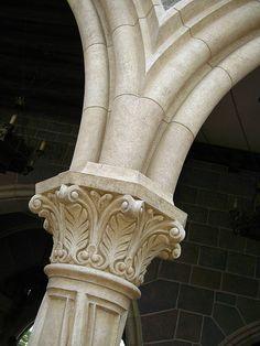 Columns Decor, Interior Columns, Wooden Pillars, Stone Pillars, Architecture Old, Architecture Details, Spirals In Nature, Column Capital, Architectural Columns