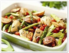 Roasted Chicken Breast w/Red Potatoes and Asparagus - substitute the red potatoes for sweet potatoes for paleo