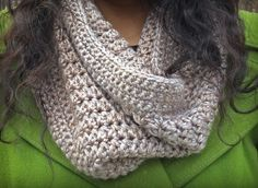 Sandy Cowl Free Crochet Pattern  |  via Crochetrendy~k8~