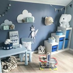 Blaue Wand im Kinderzimmer Blaue Wand im Kinderzimmer The post Blaue Wand im Kinderzimmer appeared first on Kinderzimmer ideen. Baby Bedroom, Baby Boy Rooms, Nursery Room, Kids Bedroom, Bedroom Sets, Interior Design Examples, Room Decor, Wall Decor, Boy Blue
