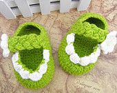 Little Green Flower Side Crochet Baby Shoes for Newborn Baby as Crib Shoes(AYY31)
