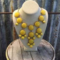 "Host Pick 12-3Vintage Statement Necklace Host Pick 12-3 Best in Jewelry & AccesoriesGorgeous Vintage Yellow Statement Necklace in good condition. This necklace is a large piece and will definitely make a statement. Necklace is 29"" adjustable and the chain appears to able to go any size you want from short to longer. Don't pass this Beaty up. Thanks for looking. ❤️❤️❤️ Vintage Jewelry Necklaces"