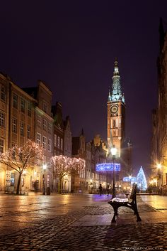 Christmas in Gdansk, Poland. such a beautiful city! :):):)