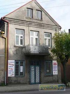 """Sprzedam kamienicę piętrową użytkowo-mieszkalną w Sokółce ul. Białostocka o łącznej pow. 180m2 (90m2 parter i 2x45m2 piętro) z przeznaczeniem: handel, biura, usługi… aktualnie na parterze sklep, na piętrze 2 odrębne mieszkania po 45m2 każde; Bdb. lokalizacja, budynek usytuowany jest bezpośrednio przy drodze krajowej """"19"""" Białystok-Grodno, pośród całej sieci sklepów i innych lokali usługowych. Wejście do"""