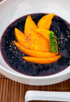 *sticky black rice and mango dessert-this is not long enough to cook forbidden rice. I do not think this is the right rice to use for this dish.