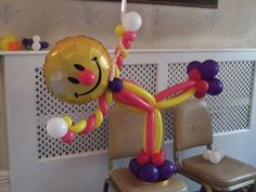 Great base for holding a bouquet of birthday, get well or any other message balloons.