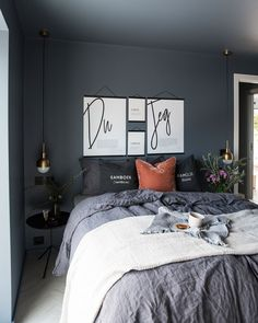 Suites, Decor Room, Living Room Designs, Comforters, Inspiration, Blanket, House, Voici, Bedrooms