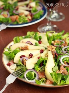 Sałatka z wędzonym łososiem i żurawiną Good Healthy Recipes, Healthy Salads, Gluten Free Recipes, Fruit Recipes, Salad Recipes, Diet Recipes, Weight Loss Eating Plan, Eating Plans, Love Food