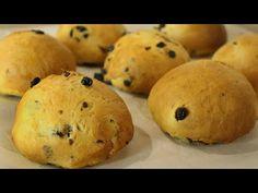 Mini Vegan Rolls with Raisins - Jim Michailidis Raisin, Muffin, Food And Drink, Rolls, Bread, Snacks, Vegan, Vegetables, Breakfast