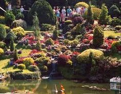 A model village set in 4 acres of gardens. When it opened in the village was a representation of an imaginary idyllic area of the English countryside. Miniature Houses, Miniature Gardens, Fairy Gardens, Model Village, English Countryside, City Break, Fairy Land, Historic Homes, Container Gardening