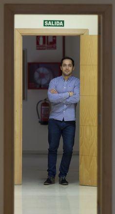 El psicólogo  Eduardo Fonseca  Pedrero, uno de los ganadores del Premio TEA en 2009 por el Esquizo-Q, Cuestionario Oviedo para la Evaluación de la Esquizotipia.
