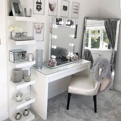 Glam Beauty Room Vanity Decor Penteadeira Bedroom Decor For Beauty Room Ideas Room Ideas Bedroom, Bedroom Inspo, Bedroom Desk, Mirrored Bedroom, Bed Room, Diy Bedroom, Bedroom Furniture, Bedroom Ideas For Small Rooms Diy, Bedroom Mirrors