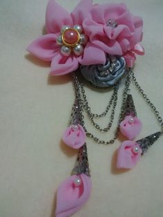 Pink chiffon brooch for wedding party