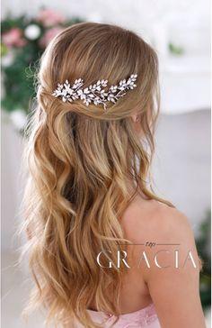 AMALTHEIA Flower Crystal Bridal hair comb - Rhinestone Wedding Headpiece by TopGracia  #topgracia #topgraciawedding #bridalhaircomb #promhairstyles