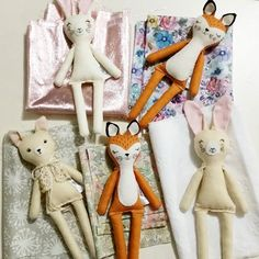 I love working out the outfits! There will be one fox, one bunny and one blonde deer in my shop in a few days time. I will announce beforehand though.   #clothdolls #dollmaker #handmadedoll #handmade #fabricdoll #deerdarlingdolls #woodlanddoll #forestfriends #forestanimals #fawndoll #foxdoll #deerdoll #bunnydoll #ooakdoll #madewithlove #etsy
