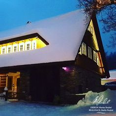 #chalupyroubal #roubenkyroubal #zima #krkonose #mamedostsnehu #winter Mansions, Photo And Video, House Styles, Winter, Outdoor Decor, Instagram, Design, Winter Time, Manor Houses