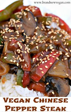 A quick and easy Vegan Chinese Pepper Steak - using Portabella Mushrooms as a replacement for the steak. The sauce really ties the peppers and mushrooms together. Better than takeout! Veggie Recipes, Whole Food Recipes, Vegetarian Recipes, Cooking Recipes, Vegan Vegetarian, Yummy Recipes, Steak Au Poivre, Steaks, Chinese Pepper Steak
