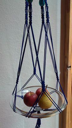 Grande suspension en macramé bleu roi et perles bleues : Accessoires de maison par f-macrame