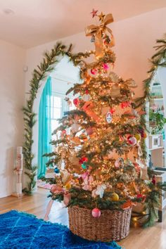 Our 2019 Holiday Home Tour Christmas Time Is Here, Christmas Room, Cozy Christmas, Modern Christmas, Retro Christmas, All Things Christmas, Christmas Lights, Christmas Holidays, Christmas Interiors
