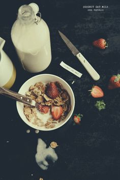 Coconut And Oat Milk Breakfast - Cook Republic Breakfast Items, Breakfast Bowls, Breakfast Recipes, Breakfast Photography, Food Photography, Vegan Smoothies, Smoothie Recipes, Whole Food Recipes, Great Recipes