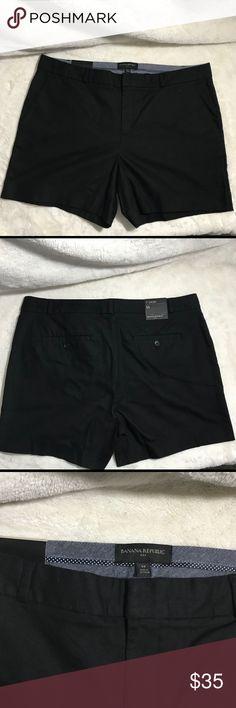 """💕BANANA REPUBLIC BLACK CASUAL SHORTS NWT 💕 WOMENS BANANA REPUBLIC BLACK CASUAL SHORTS IN A SIZE 14, 5"""" Inseam. No trades, make me a offer. Banana Republic Shorts"""