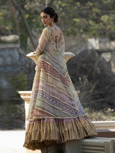 Shirt & Lehenga – Misha Lakhani Pakistani Bridal Dresses Online, Simple Pakistani Dresses, Pakistani Wedding Outfits, Pakistani Dress Design, Party Wear Dresses, Party Dress, Indian Fashion Trends, Bridal Blouse Designs, Dress Sketches
