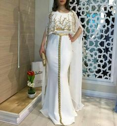 Image gallery – Page 782641241472995931 – Artofit Abaya Fashion, Modest Fashion, Fashion Dresses, Morrocan Dress, Dress Plus Size, Caftan Dress, Indian Designer Wear, Lovely Dresses, Indian Outfits