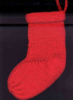 Basic Christmas Stocking knitting pattern - Quick and Easy!