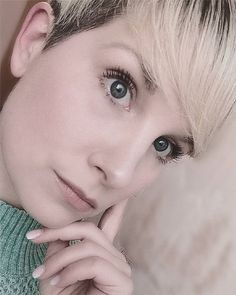 20 Most Popular Pixie Hairstyle to Inspire You - Fashionre Short Pixie, Most Popular, Pixie Hairstyles, Hairdresser, Short Hair Styles, Hair Beauty, Inspire, Inspiration, Beautiful