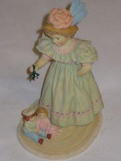 1992 Under The Mistletoe Maud Humphrey Bogart Figurine Limited Edition COA #1577 picclick.com