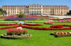 Schönbrunn Palace in #Vienna
