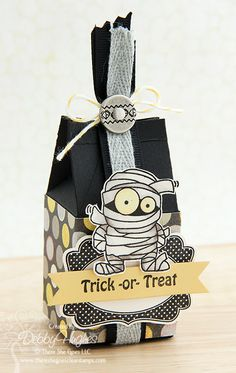 limedoodle, There She Goes, Halloween treat box