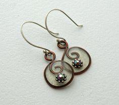 Wire swirl resin crystal earrings by DragonflyDreamers on Etsy