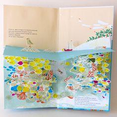 """""""oceano"""" de Louis Rigaud et Anouk Boisrobert  chez Hélium. Après le succès de Popville et Dans la forêt du paresseux, les deux auteurs nous livrent ici un très bel ouvrage tout en volume et en couleur. A lire absolument !"""