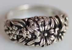 "Vintage Sterling Silver Ring ""Flowers"" 925 Stamped"