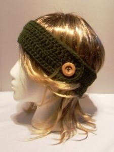 Find something fun and new to wear for the spring months. Using a free crochet pattern like this one you can make a headband with a button on it. Get in style with your new headband.