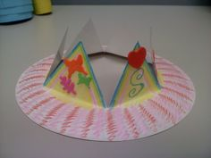 I might have to make my elementary kids make this for our Lion, Witch & Wardrobe FEAST! Kindergarten Crafts, Preschool Crafts, Fun Crafts, Crafts For Kids, Preschool Summer Camp, Summer Camp Themes, Princess Crown Crafts, Princess Theme, Fairy Tale Theme