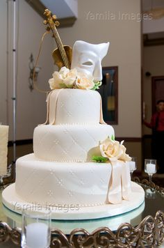 Some of the incredible #Cakes that our clients have chosen! www.receptionpalace.com #MiamiWeddings #Weddings #Quinces