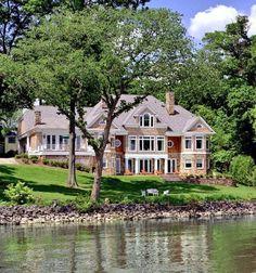 Beautiful mansion on a lake in Washington DC.