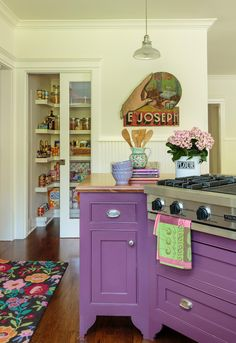 I fell in love with this kitchen and did some searching and ultimately fell in love with this whole colorful cottage! Located in Santa Monica, CA, the design credits for this lovely little place goes to Alison Kandler Interior Design. Kitchen Interior, New Kitchen, Kitchen Decor, Kitchen Design, Kitchen Ideas, Purple Cabinets, Purple Kitchen, Lavender Kitchen, Kitchen Colors