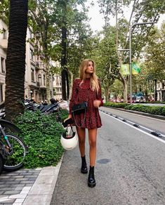 accessories grunge # # accessories 2020 You are in the right place about outfits casuales Here we offer you the most Fall Fashion Outfits, Mode Outfits, Grunge Fashion, Look Fashion, Spring Outfits, Winter Fashion, Korean Fashion, Spring Fashion, Grunge Outfits