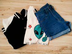 #tumblr 😻💋 Bluza: stradivarius  T-shirt: sinsay Spodenki: h&m