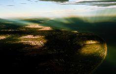 Barcelona sota una núvols que no apareixen a la imatge. #Urbanisme #nature #Flying #Vueling #nikon
